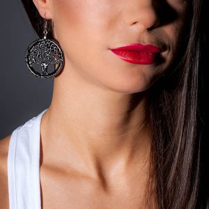 Girl with Earrings_Carbon_Fiber_Small_Tree_of_Life_Zakcode
