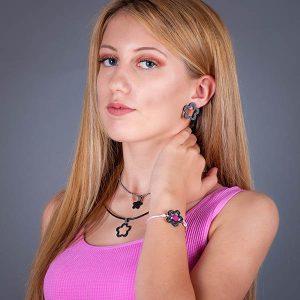 Girl with Carbon-fiber-set - earrings, pendant and bracelet Flower