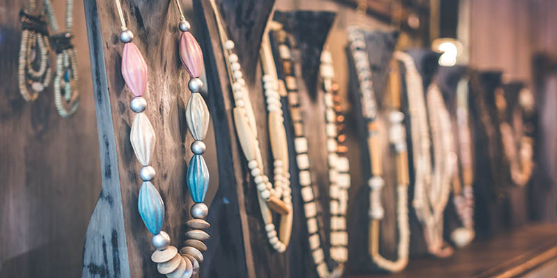 Different sizes of pendant necklaces